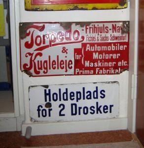 Torpedo Frihjuls-Nav & Kugleleje (jordfund) - Holdeplads for 2 Drosker (Taxa'er)